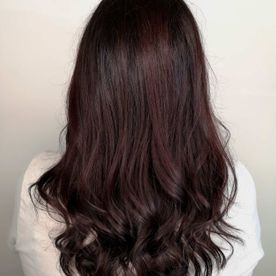 medium length woman hair